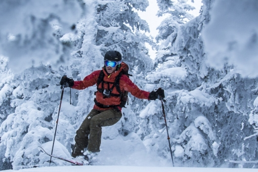 Backcountry skiing guided trips in the Chic-Chocs