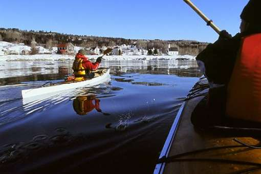 Feel the unusual experience of winter kayaking!