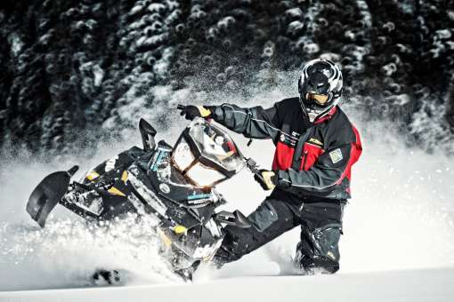 2 days snowmobile off trail from Québec city