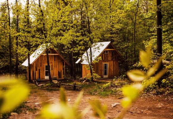 Have A Night In A Rustic Cabins Or Cottages In Quebec